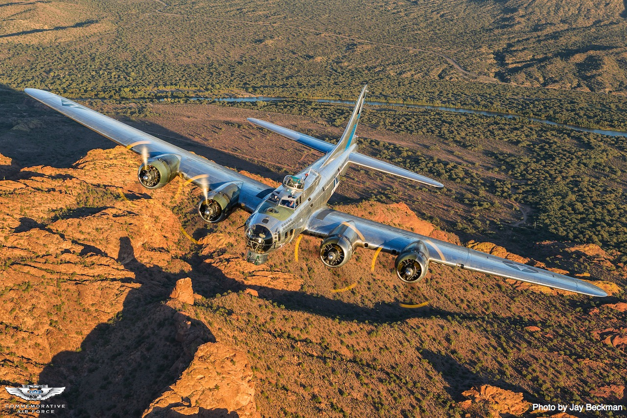 """Aircraft Type Boeing B17G Flying Fortress """"Sentimental"""